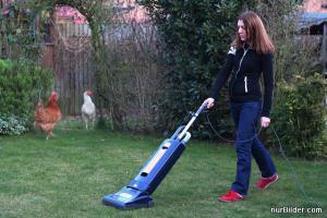 Vysávání trávy