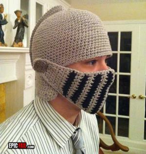 Pletená helma