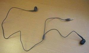 Divná sluchátka