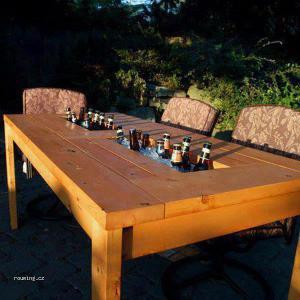 Stůl na léto