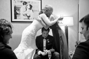 Při svatbě