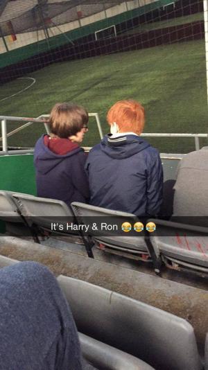 Harry a Ron na fotbalovém zápase!!!