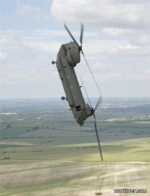 Padající vrtulník