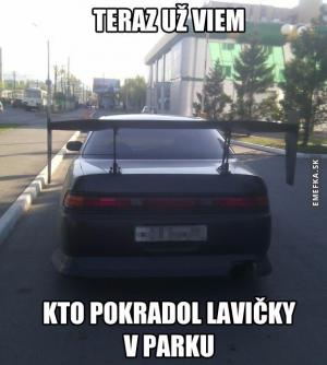 Pachatel si udělal spoiler