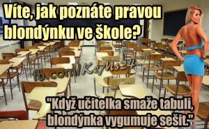 Blondývka ve škole