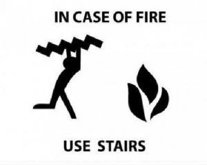 Použijte schody v případě požáru