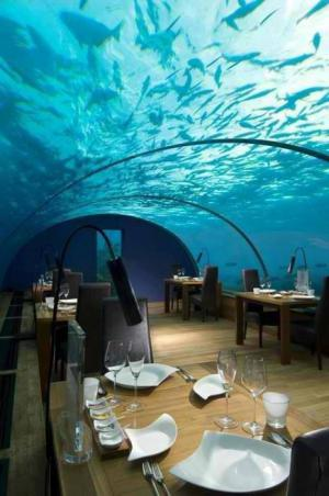 Podmořská restaurace