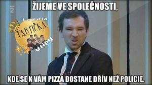 Pizza a policie