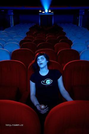 hruza v kine 002