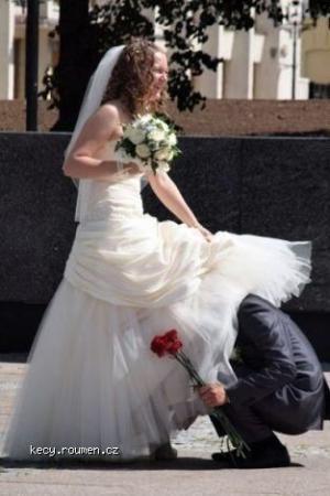 wedding photo skirt