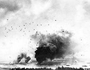 Amazing photos of the Japanese Raid on Pearl Harbour3