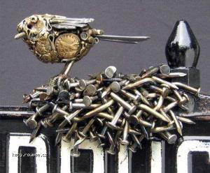 kovovy ptacek