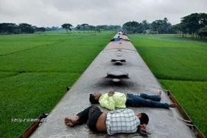 Living in Bangladesh1