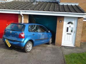 vzorne zaparkovano