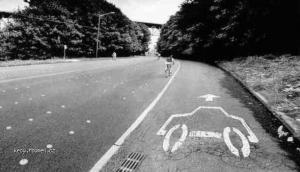 cesta pro auta