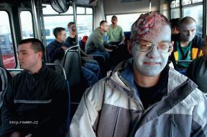 zombie v mistni doprave