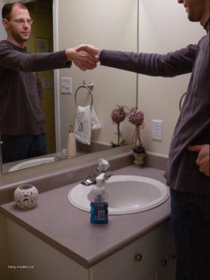 pratelske zrcadlo