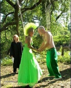 Bizarre wedding 2