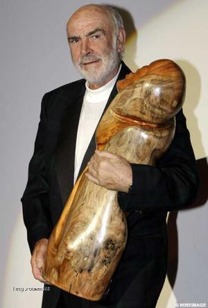 Connery a jeho proteza