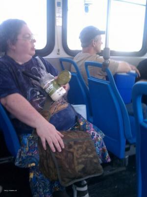 svacinka v autobuse