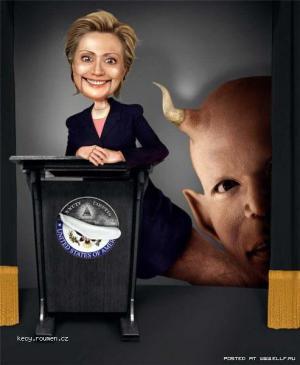 Hillary byla jenom loutka