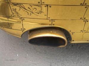 Zlate Porsche