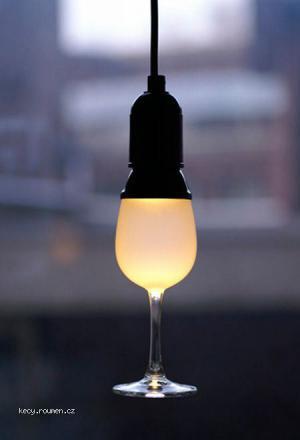 kdyz sklenicka sviti