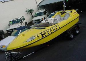 FerrariBoat001