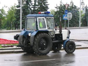 policejni stihaci vozidlo