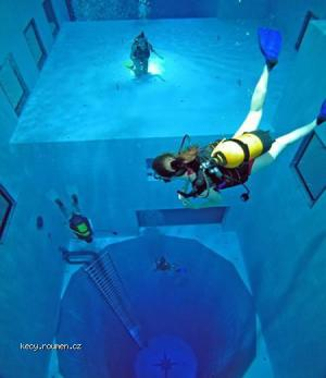 Worlds Deepest Swimming Pool 5