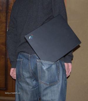 notebook do kapsy