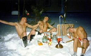 zabava ve snehu