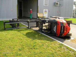 mala nehoda