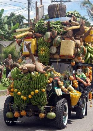 fruit jeep
