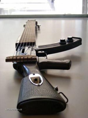 Guitargun