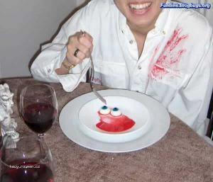 Weird Food Decorations8