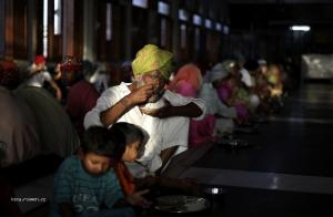 foto tyzdna  Obed v komunitnom centre