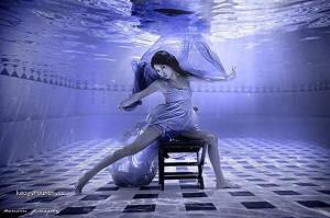 Underwater beauty world1