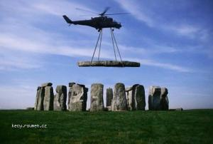 How made Stonehenge