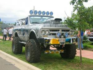 Pimped Spider Truck9