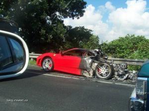 prodam pulku Ferrari