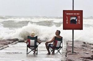 Cekani na Tsunami