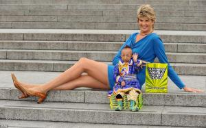 woman with the longest legsworlds smallest man 3