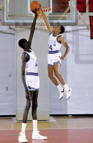 Manute Bol  the Tallest NBA Player1