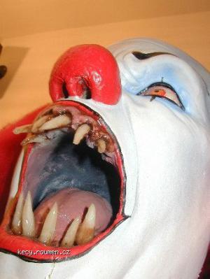 horror mask9