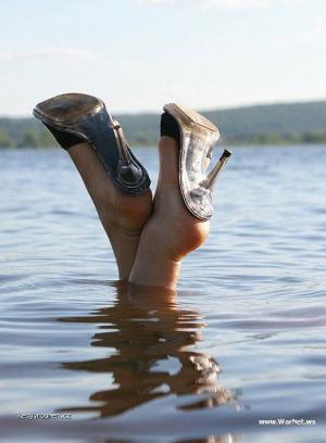 kdyz do vody tak v lodickach