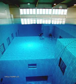 Worlds Deepest Swimming Pool 3