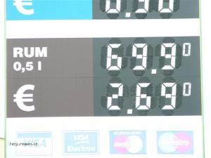 stojan na benzince v JH Je libo natural ci rum  28Small 29