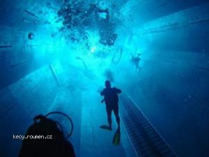 Worlds Deepest Swimming Pool 9