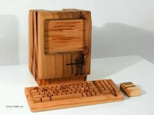 rustikalni computer